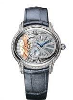 Женские классические часы Audemars Piguet Millenary 77248BC_ZZ_A111CR_01 в овальном корпусе в белом золоте с бриллиантами со смещенным циферблатом, на сером ремешке кроко.