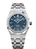 Женские спортивные часы Audemars Piguet Royal Oak 15450ST_OO_1256ST_03 в стальном корпусе, синий циферблат, стальной браслет.