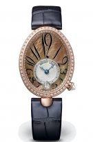 Женские классические часы Breguet Reine de Naples 8918BR_5T_964_D00D в розовом золоте с бриллиантовым рантом, перламутровый темный циферблат с арабскими цифрами, сатиновый ремешок.