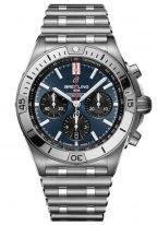 Мужские спортивные часы Breitling Chronomat AB0134101C1A1 в стальном корпусе с хронографом и датой, синий циферблат с черными счетчиками, стальной браслет.