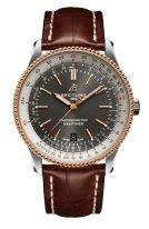 Мужские наручные часы Breitling Navitimer U17326211M1P1 с датой в биколорном корпусе, с серым циферблатом, коричневый ремешок кроко.