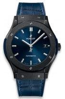 Мужские спортивные часы Hublot Classic Fusion 511_CM_7170_LR с датой в керамическом корпусе, на синем циферблате с лучистой отделкой родиевые часовые метки и стрелки, синяя кроко.