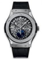 Мужские наручные часы Hublot Classic Fusion-517.NX.0170.LR с фазами Луны, годовым календарем в титановом корпусе, на скелетированном циферблате часовые меткис родиевым покрытием и сатинированные стрелки, черная кожа кроко.