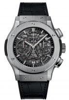 Мужские наручные часы Hublot Classic Fusion-525.NX.0170.LR хронограф с датой в титановом корпусе, на скелетированном циферблате часовые меткис родиевым покрытием и сатинированные стрелки, черная кожа кроко.