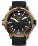 Мужские спортивные наручные часы IWC Aquatimer-IW341001 с датой в бронзовом корпусе, на черном циферблате часовые метки и широкие стрелки, покрытые люминесцентным составом, черный каучуковый ремешок.