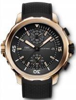 Мужские спортивные наручные часы IWC Aquatimer-IW379503 хронограф с датой в бронзовом корпусе, на черном циферблате с жемчужным зернением счетчики хронографа, часовые метки и широкие стрелки, покрытые люминесцентным составом, черный каучуковый ремешок.