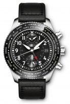 Мужские наручные часы IWC Pilot's Watch-IW395001 с мировым временем и хронографом в стальном корпусе, на черном циферблате люминесцентные арабские цифры, стрелки и метки, черный телячий ремешок.