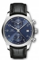 Мужские наручные часы IWC Portugieser IW390303 хронограф с датой в стальном корпусе, на синем циферблате углубленные счетчики хронографа, арабские цифры и стрелки, черный ремешок кроко.