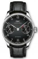 Мужские наручные часы IWC Portugieser IW500703 с запасом хода и датой в стальном корпусе, на черном циферблате арабские цифры с родиевым покрытием, метки и тонкие стрелки, черная кожа кроко.