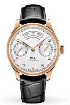 Мужские наручные часы IWC Portugieser-IW503504 с годовым календарем и запасом хода в розовом золоте, на посеребренном циферблате узор в виде солнечных лучей, арабские цифры с родиевым покрытием, метки и тонкие стрелки, черный ремешок кроко.