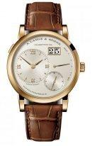Мужские классические часы Lange Sohne Lange1 191 021 в желтом золоте, с большой датой и запасом хода, светлый циферблат, кожа кроко.