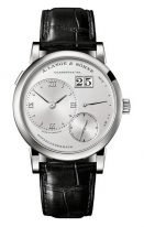 Мужские классические часы Lange Sohne Lange1 191 025 в платиновом корпусе с большой датой, запас хода, светлый циферблат, кожа кроко.