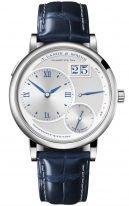 Мужские классические часы Lange Sohne Lange1 117 066 в белом золоте, большая дата, запас хода, смещенный циферблат, ремешок кроко.