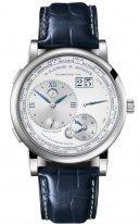 Мужские классические часы Lange Sohne Lange1 116 066 в корпусе из белого золота со шкалой из 24х часовых поясов, указатель дня/ночи, большая дата, светлый циферблат, ремешок кроко, лимит.