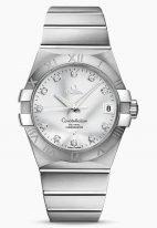 Женские наручные часы Omega Constellation-123_10_38_21_52_001 с датой в стальном корпусе, на серебристом циферблате бриллиантовые часовые индексы и люминесцентные стрелки, стальной браслет.