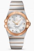 Женские наручные часы Omega Constellation-123_20_38_21_52_001 с датой в биколорном корпусе, на серебристом циферблате бриллиантовые часовые индексы и золотые люминесцентные стрелки, биколорный браслет.