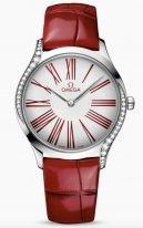 Женские наручные часы Omega De Ville-428_18_36_60_04_002 в стальном корпусе с бриллиантами, на белом лакированном циферблате римские цифры красного цвета и элегантные стрелки, красный кроко ремешок.