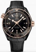 Мужские наручные часы Omega Seamaster-215_63_46_22_01_001 с датой и временем второго часового пояса в керамическом корпусе с золотым безелем, на черном керамическом циферблате арабские цифры и люминесцентные метки и стрелки, черная кроко.