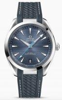 """Мужские наручные часы Omega Seamaster-220_12_41_21_03_002 с датой в стальном корпусе, на синем циферблате горизонтальный узор в виде """"тиковой концепции"""", люминесцентные стрелки и часовые индексы, каучуковый ремешок."""