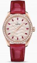 Женские наручные часы Omega Seamaster-220_58_38_20_99_004 в розовом золоте с бриллиантовым рантом, на сверкающем светлом циферблате волнистые бриллиантовые полосы и рубиновые часовые метки, люминесцентные золотые стрелки, кожа кроко.