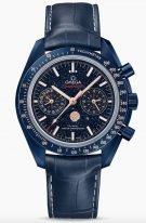 Мужские наручные часы Omega Speedmaster-304_93_44_52_03_002 хронограф с фазами Луны в корпусе из синей керамики, на синем циферблате из авантюринового стекла, люминесцентные часовые метки и стрелки, синяя кожа кроко