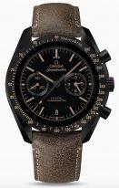 Мужские наручные часы Omega Speedmaster-311_92_44_51_01_006 с хронографом и датой в керамическом корпусе, на матовом керамическом циферблате люминесцентные часовые метки и коричневые лакированные стрелки, коричневый ремешок.