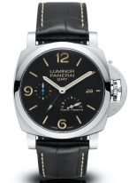 Мужские спортивные часы Panerai Luminor-PAM01321 со временем второго часового пояса и запасом хода в стальном корпусе, на черном циферблате люминесцентные цифры, метки и стрелки, черный ремешок кроко.
