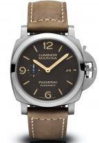Мужские спортивные часы Panerai Luminor-PAM01351 в титановом корпусе, на коричневом циферблате люминесцентные цифры, метки и стрелки, бежевый телячий ремешок.