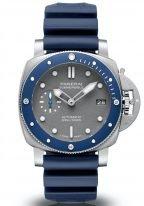 Мужские спортивные часы Panerai Submersible PAM00959 в стальном корпусе с голубым керамическим безелем, серый циферблат с люминесцентными метками и стрелками, синий каучук.