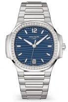 Женские спортивные часы Patek Philippe Nautilus 7118-1200A-001 в стальном корпусе с бриллиантами, синий циферблат, стальной браслет.