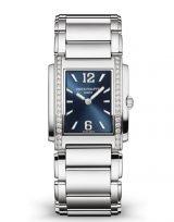 Женские часы Patek Philippe Twenty4 4910-1200a-001 в стальном корпусе, бриллианты, синий циферблат, стальной браслет.