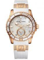 Женские наручные часы Ulysse Nardin Diver-3202-190-3C/10_10 в розовом золоте с бриллиантами, на белом перламутровом циферблате люминесцентные часовые метки, бриллиантовые индексы и широкие стрелки, белый каучук с бриллиантовыми вставками.