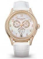 Женские часы Patek Philippe Complications 4948R-001 в розовом золоте с годовым календарем, перламутровый циферблат, белый ремешок кроко.